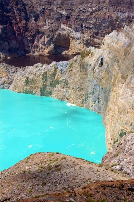 Вулкан Келимуту и 3 разноцветных озера — фото 17