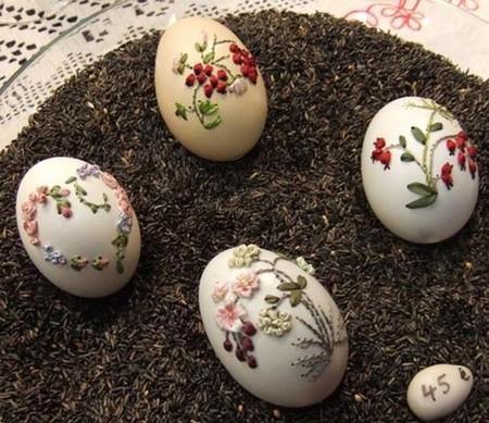 Вышивка по … яичной скорлупе. Ювелирная работа Элизабет Кляйн — фото 7