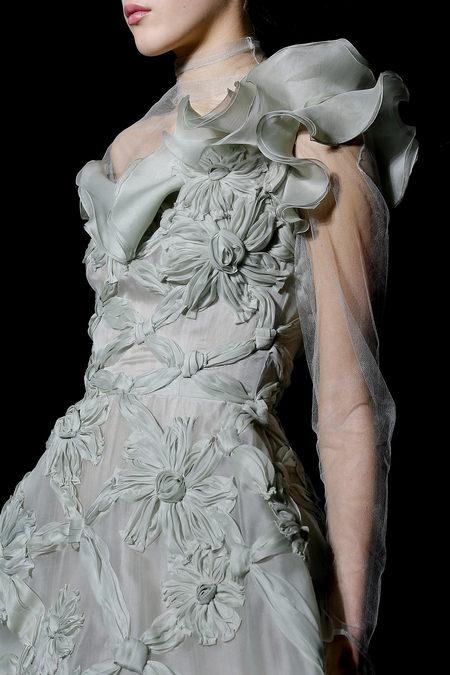 Кутюрная коллекция Valentino весна-лето 2013 – волшебство всегда в моде! — фото 61