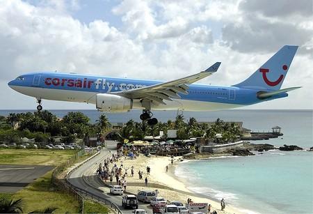 Пляж Махо Бич – отдых и купание под самолетами — фото 15