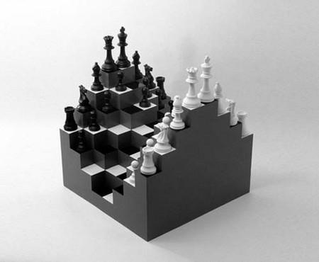 Трехмерные шахматы, в которых доска не плоская, а многоэтажная, и чем выше этаж, тем выше ранг фигур на нем.