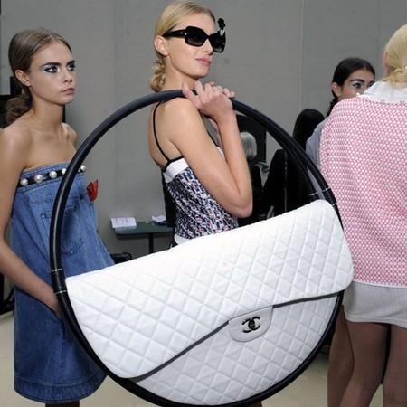 Креатив от Chanel – сумки для весны 2013 — фото 7