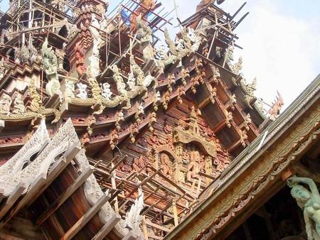Храм Истины – настоящий деревянный шедевр — фото 9