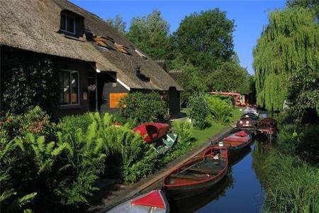 Голландская Венеция – деревня Гитхорн без дорог — фото 29