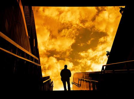 Силуэты в закатах и рассветах – снимки Ти Джея Скотта — фото 18