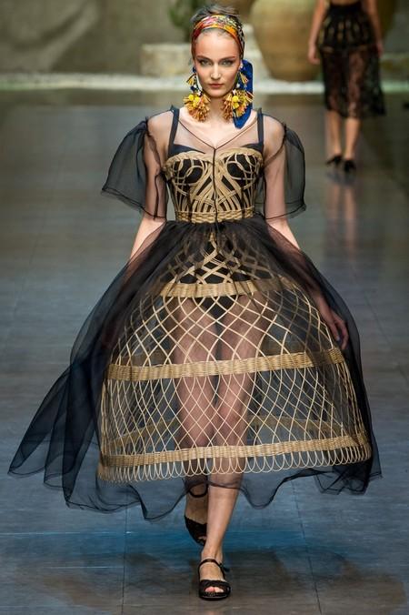 Сицилия от Dolce & Gabbana - женская коллекция весна-лето 2013 — фото 12