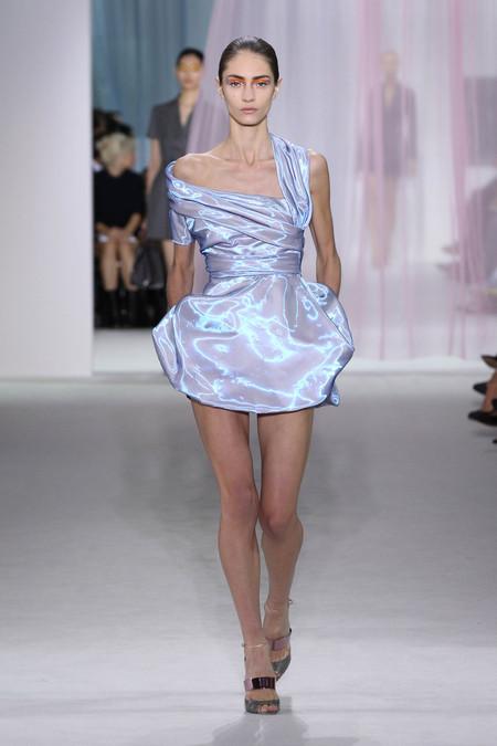 Женская коллекция Dior весна-лето 2013 — фото 13