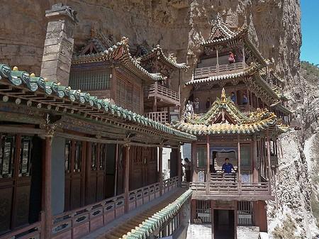 Экстремальный … монастырь – храм горы Хэншань в Китае — фото 6