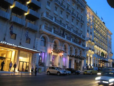 когда на город опускаются сумерки… (отели на площади Синтагма)