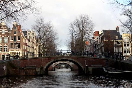 Многочисленные мостики создают невероятную перспективу
