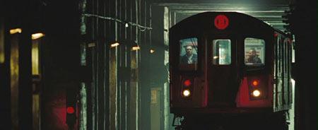 Еще есть поезд метро, он не хороший и не плохой, он просто поезд
