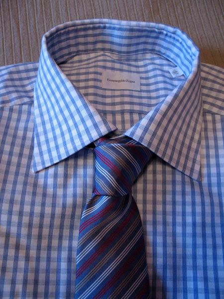 С полосатым галстуком Cantarelli