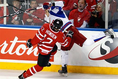 Побееееееедааааааа! Молодежная сборная России по хоккею стала чемпионом мира! — фото 3