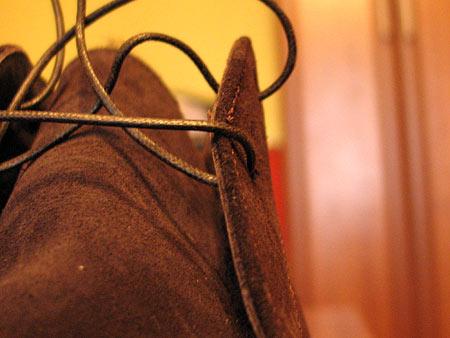 Шнурки тонкие с пропиткой