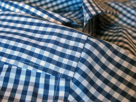 Снова в школу. Рубашка в клетку от Hugo Boss — фото 8