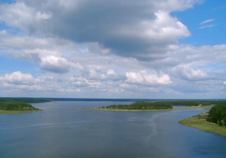 Вид с колокольни — система селигерских озёр