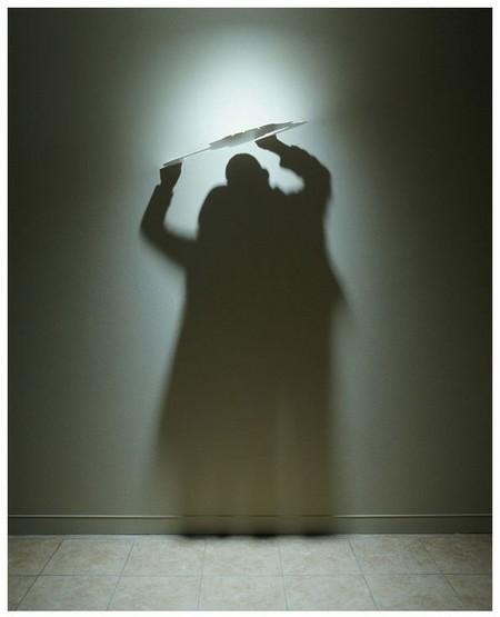 «Clouds» (2005) – алюминий, свет, тень