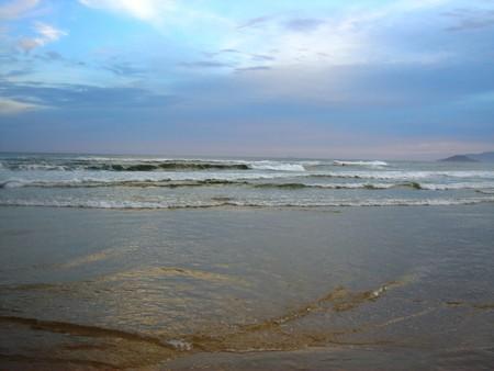 После обеда — медитация с видом на океан...