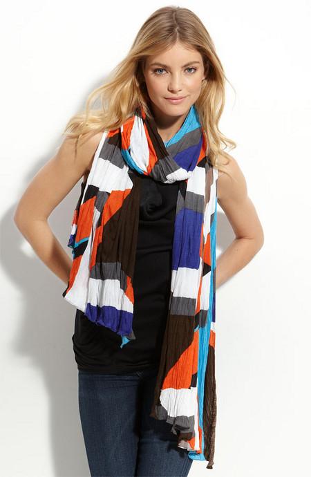 Аксессуары от королевы стиля - шарфы и платки от Diane von Furstenberg — фото 1