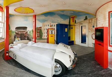 Тематический отель V8 - для влюбленных в автомобили — фото 4