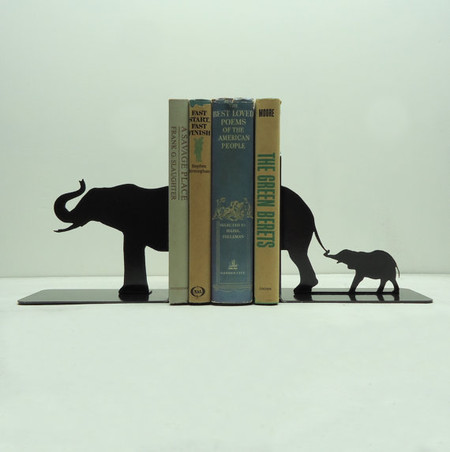 Дизайн на книжной полке: креативные подставки для книг — фото 20