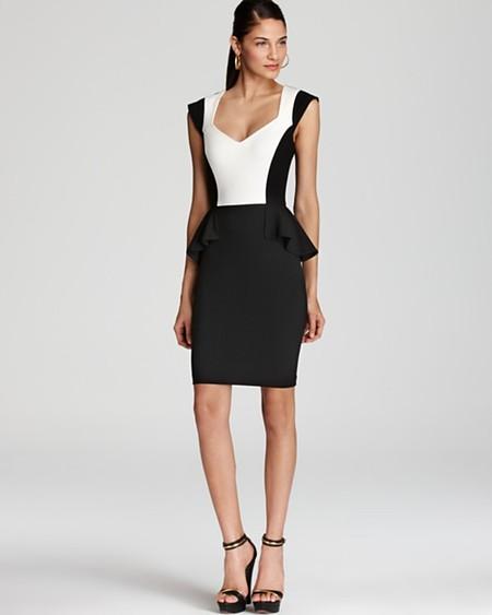 Комбинированное платье – модный способ подчеркнуть достоинства фигуры — фото 17