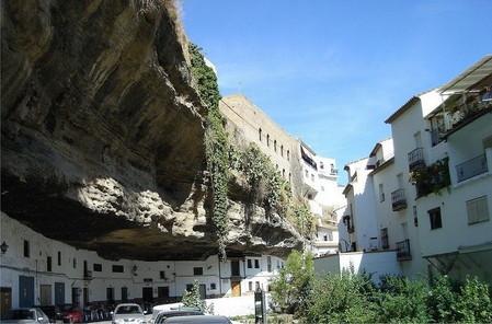 Прогулка под скалами в Сетениль-де-лас-Бодегас — фото 6