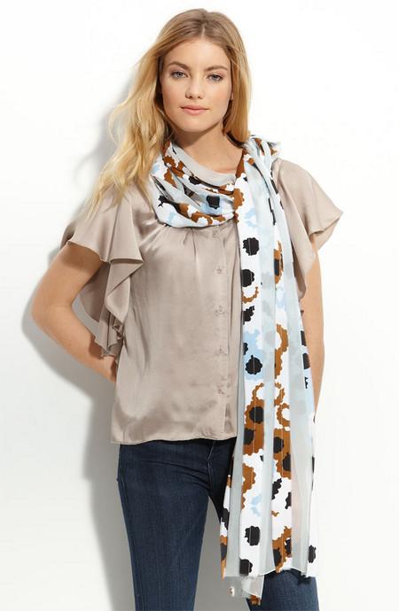 Аксессуары от королевы стиля - шарфы и платки от Diane von Furstenberg — фото 8
