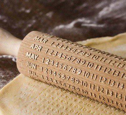 2010 год: календарь-скалка
