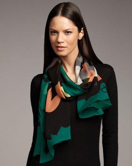 Аксессуары от королевы стиля - шарфы и платки от Diane von Furstenberg — фото 9