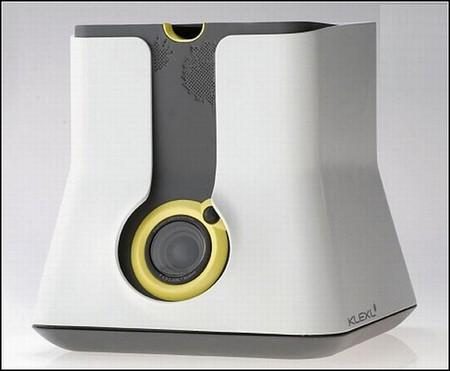 KLEXL достаточно компактный, а палитра и стилусы хранятся внутри прибора