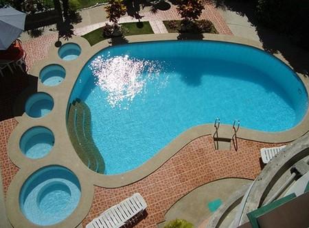 Необычные и забавные плавательные бассейны — фото 1