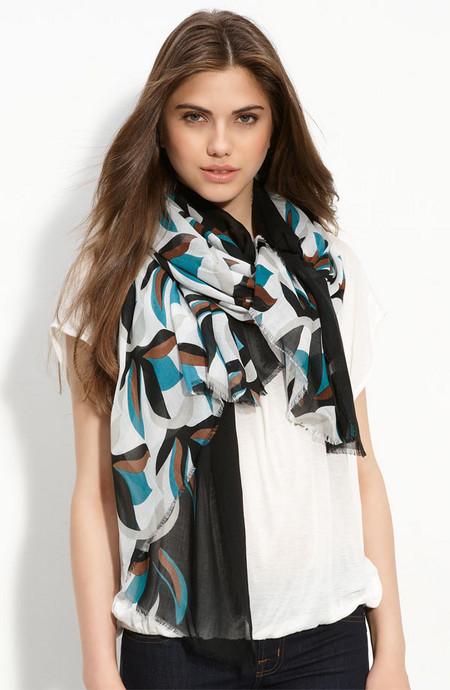 Аксессуары от королевы стиля - шарфы и платки от Diane von Furstenberg — фото 3