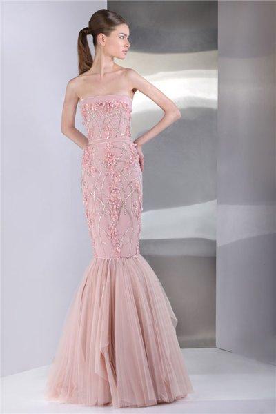 Коллекция коктейльных и вечерних платьев