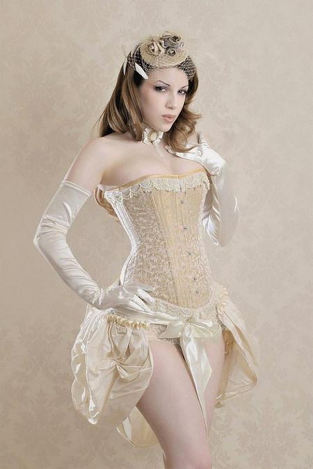 Корсеты: женственность всегда в моде! — фото 1