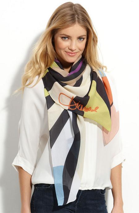 Аксессуары от королевы стиля - шарфы и платки от Diane von Furstenberg — фото 2