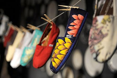 Обувь TOMS: доступно,  удобно и очень модно — фото 1