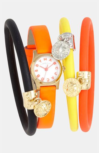 Часы и браслеты MARC BY MARC JACOBS