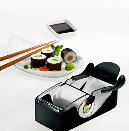 Такую простенькую машинку можно купить в Интернет-магазине рублей за 600