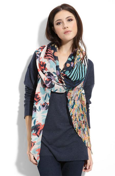 Аксессуары от королевы стиля - шарфы и платки от Diane von Furstenberg — фото 6