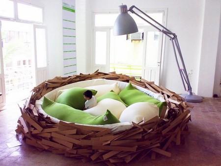 Если включить лампу, получится уютное место под солнцем :-)