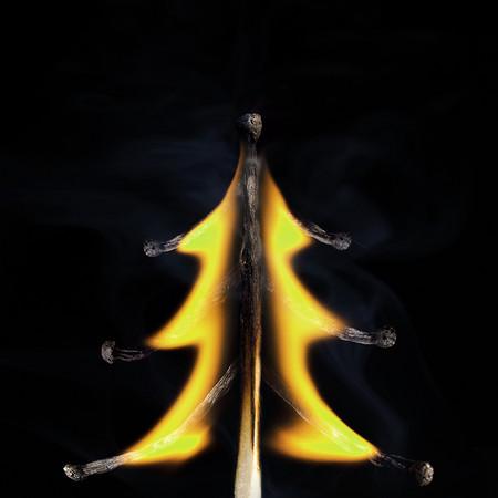 Из дыма и огня. Креативные фотографии горящих спичек. — фото 10