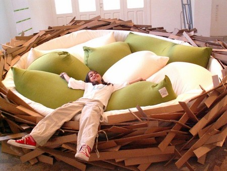 Креативный диван-гнездо от O*GE Creative Group — фото 2