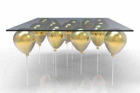 «The UP Coffee Table» - журнальный стол на воздушных шариках — фото 4