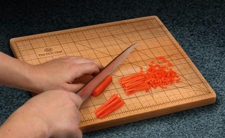 Разметка на доске для нарезки кубиками или ломтиками