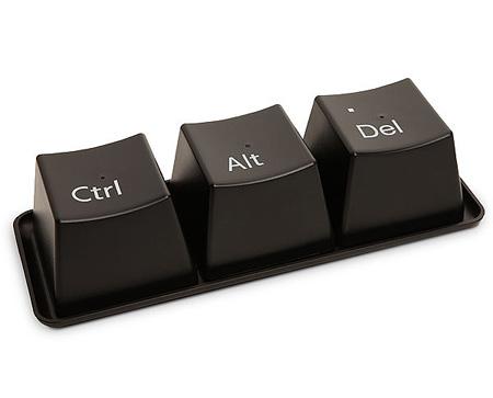 """Собранный на подносе """"кусочек клавиатуры"""""""