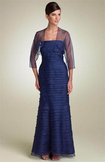 Вечернее платье с невесомым болеро из шифона