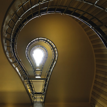 Лестничная геометрия от Нильса Айсфельда — фото 9