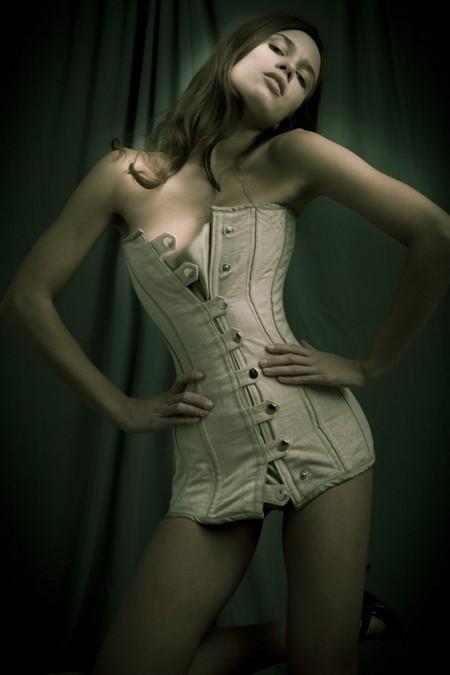 Корсеты: женственность всегда в моде! — фото 5