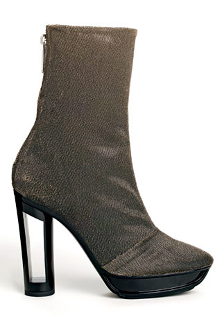 Необычный каблук – яркий модный акцент сезона осень-зима 2012/2013. — фото 9